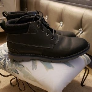 Clark's insulated boots mint condition